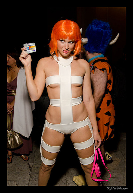 camel toe lee loo costume