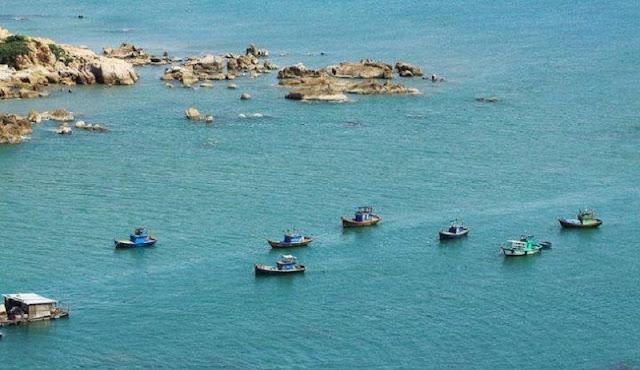 Bãi biển Hàm Thuận Nam hoang sơ