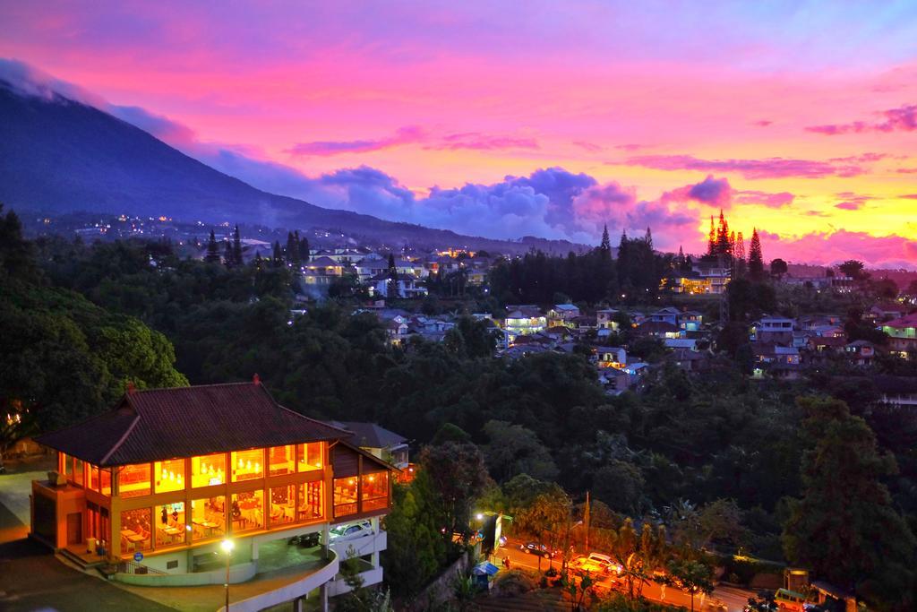 The Grand Hill Hotel termurah dan indah di Puncak Bogor Indonesia