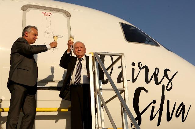 Fundador da Embraer (EMBR3) é o primeiro brasileiro a receber uma das maiores condecorações aeronáuticas do mundo | É MAIS QUE VOAR