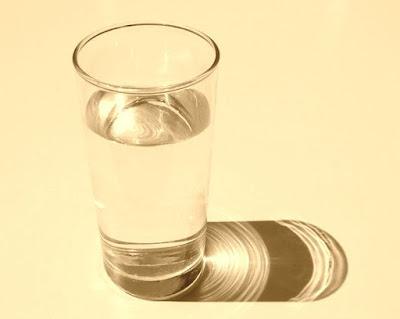 motive despre beneficii hidratare cu apa corespunzatoare