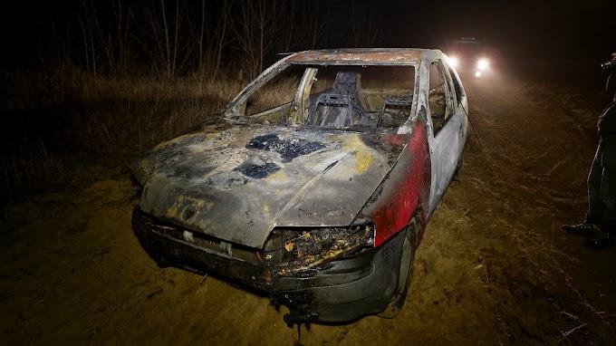 Teljesen kiégett egy autó Kecelen