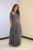 gayathri latest sizzling pics-thumbnail-6
