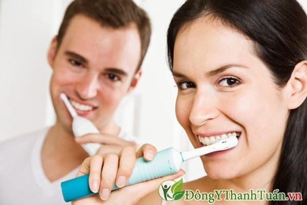 Chăm sóc răng miệng kém - Nguyên nhân gây hôi miệng