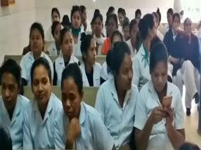 kolhan-hospital-employee-no-salary