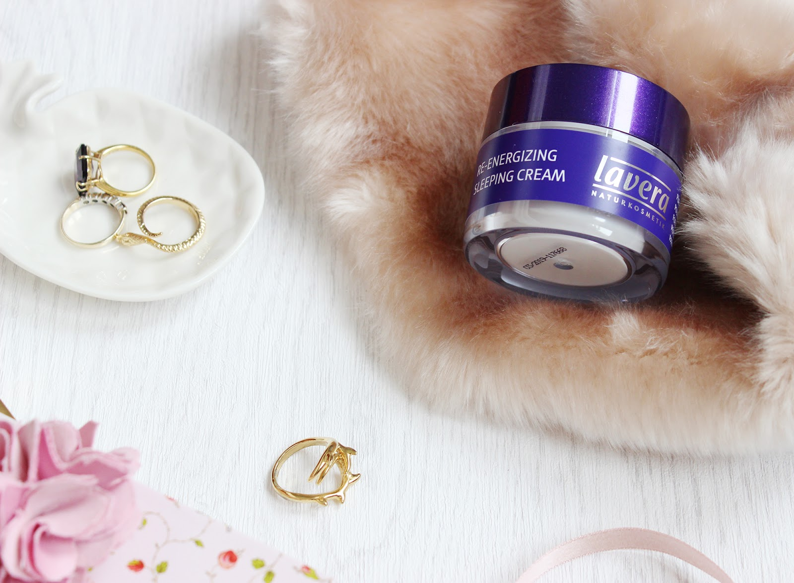 Lavera Re-energising Sleeping Cream review and giveaway