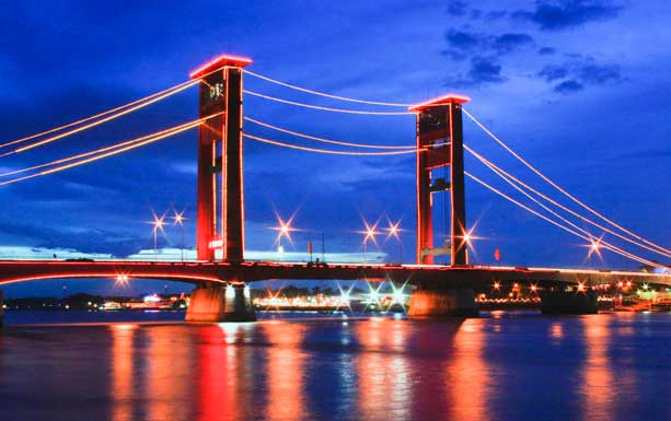 Inda Lestari Sejarah Jembatan Ampera