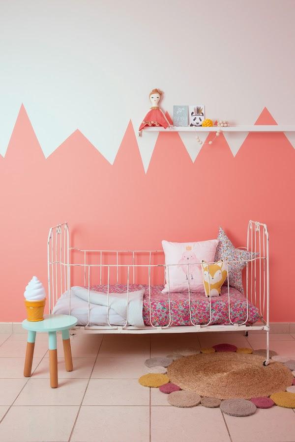 pintura rosa montañas habitacion infantil