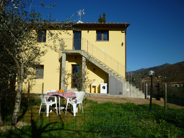florence rentals, apartment,swimming pool