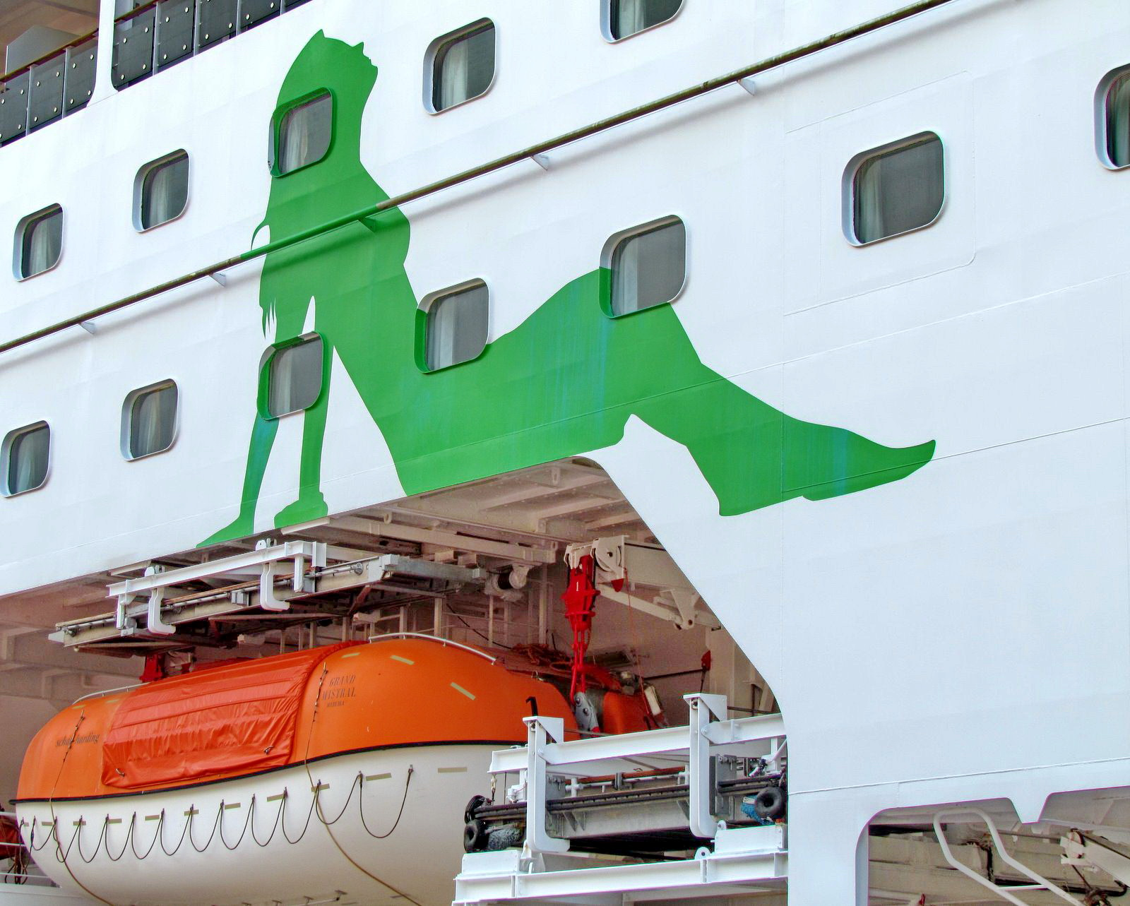 a woman painting in Grand Mistral cruise ship