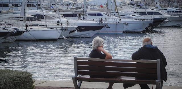 Ελλάδα: Συνεχής η γήρανση του πληθυσμού τις επόμενες δεκαετίες
