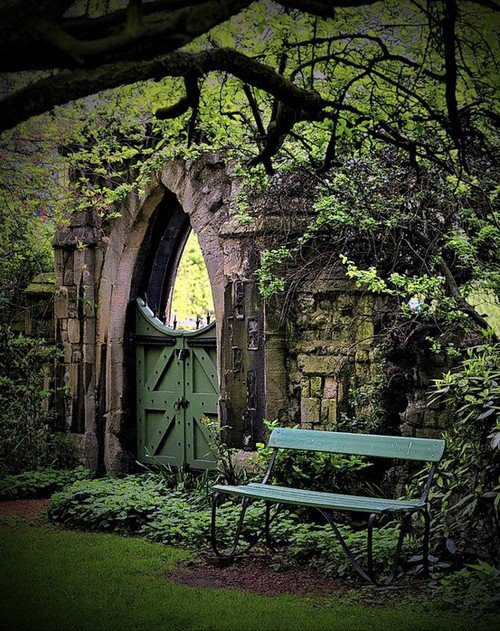 Secret Garden: The Cottage Market