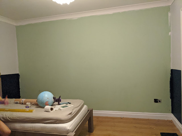 Blank wall ready for paper