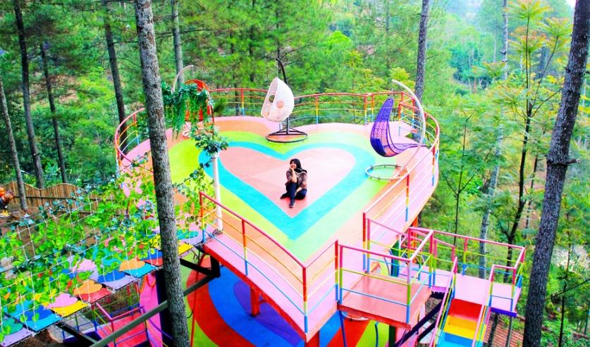 Dago Dream Park Wisata Wajib di Bandung