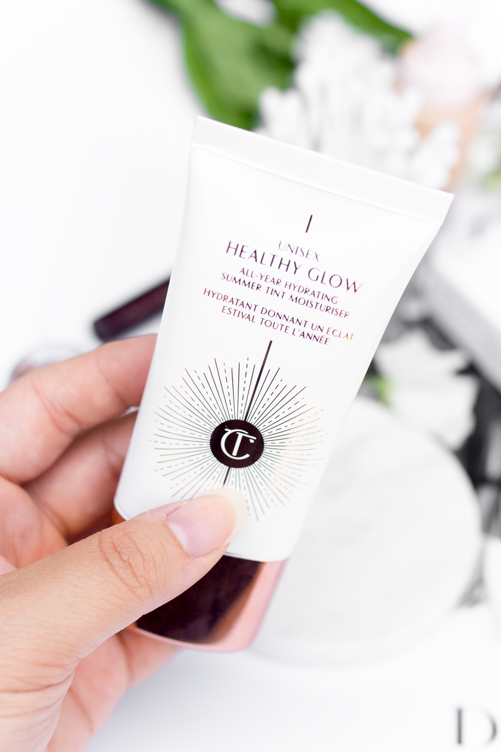 charlotte-tilbury-unisex-healthy-glow-review-barely-there-beauty-blog