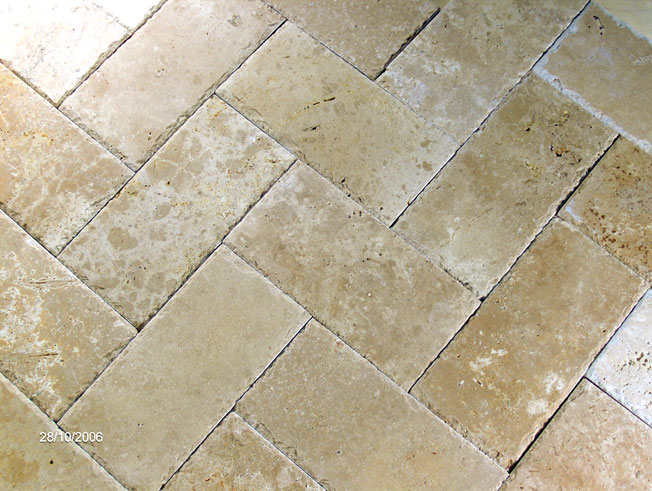 Ceramic Floor Tiles Versus Porcelain Floor Tiles