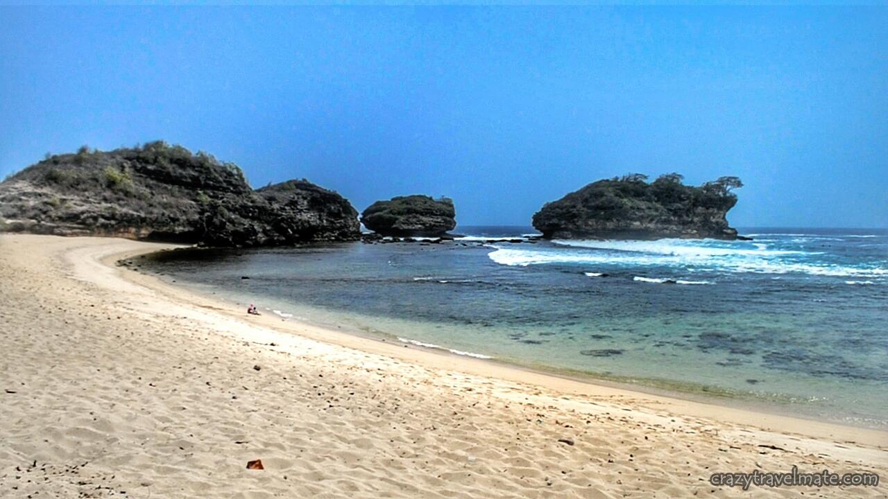 Backpacker Ke Pacitan 4 Pantai Watu Karung Surganya Para