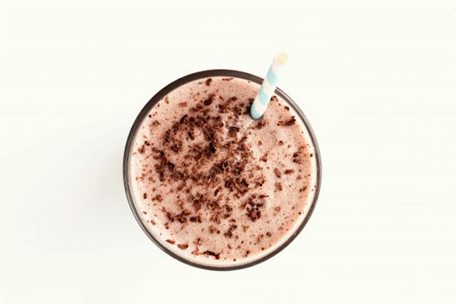 receita vegana smoothie de chocolate com banana