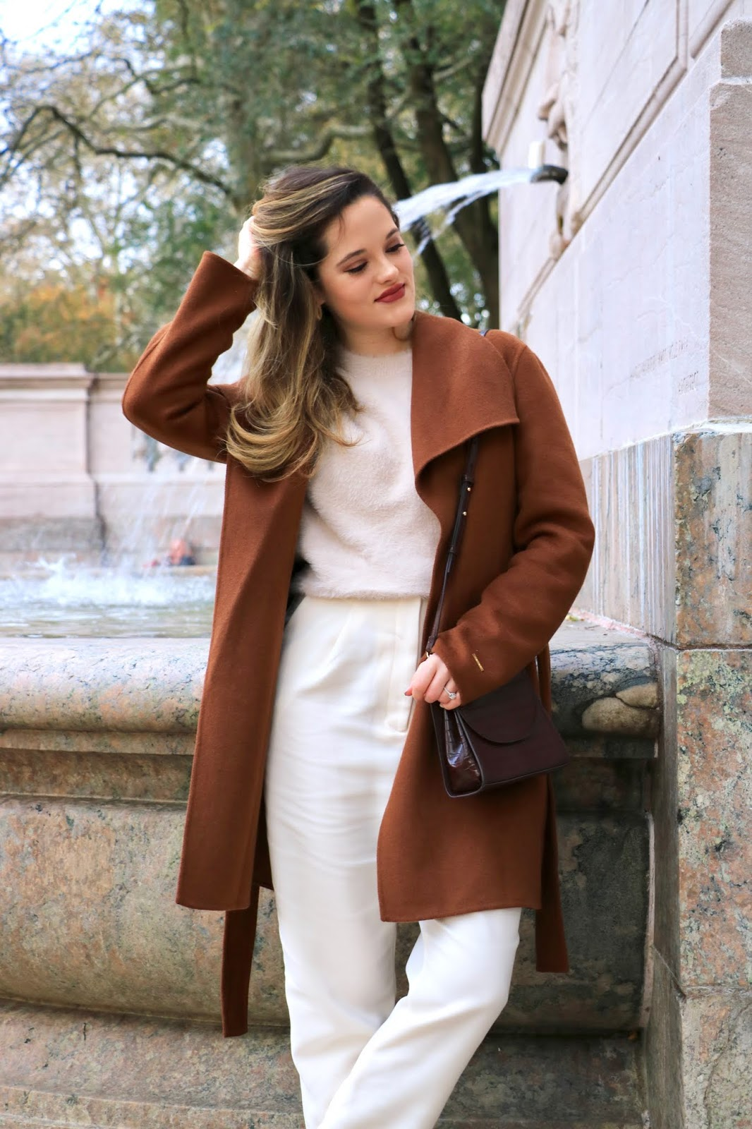 Nyc fashion influencer Kathleen Harper wearing the tonal outfit trend.