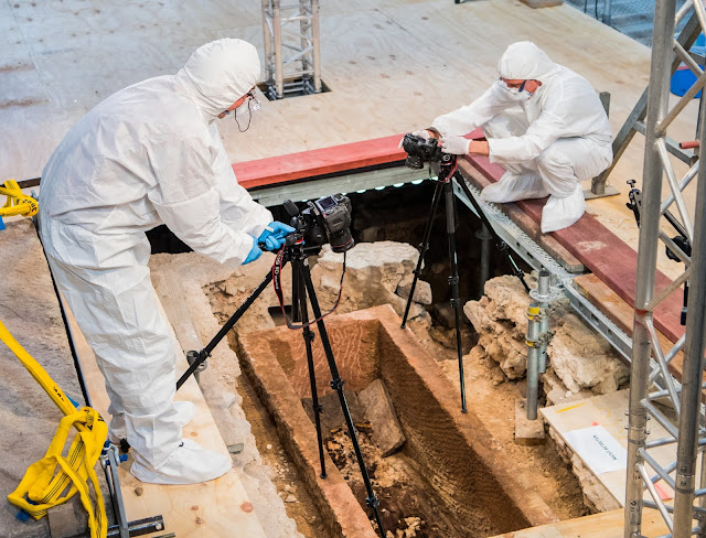 1,000-year-old sarcophagus opened in Mainz