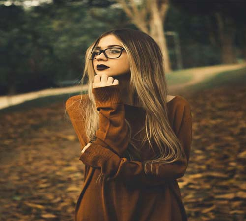 Alone Girl Whatsapp Dp for photo dp download