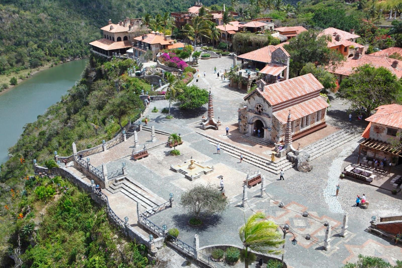 Dominicana En Romana Parques La Republica Los