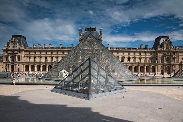museo-Louvre-Parigi