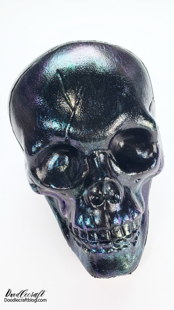 It looks like it's coated in one finish that reflects light and color spectrum differently...but look closer. You can see the Violet-Blue-Green shift, the Blue-Green-Gold shift, and the Red-Violet-Blue shift in there. This technique is perfect for so many glittery applications!  Okay, leave the skull head like this...or kick it up a notch with 3 varieties of decorations!