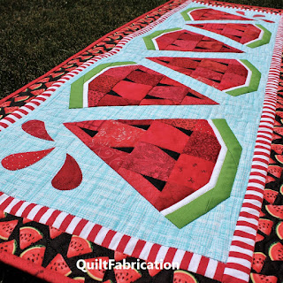 WATERMELON TWIST-TABLE RUNNER-QUILT PATTERN-SUMMER DECORATION-TABLE DECOR
