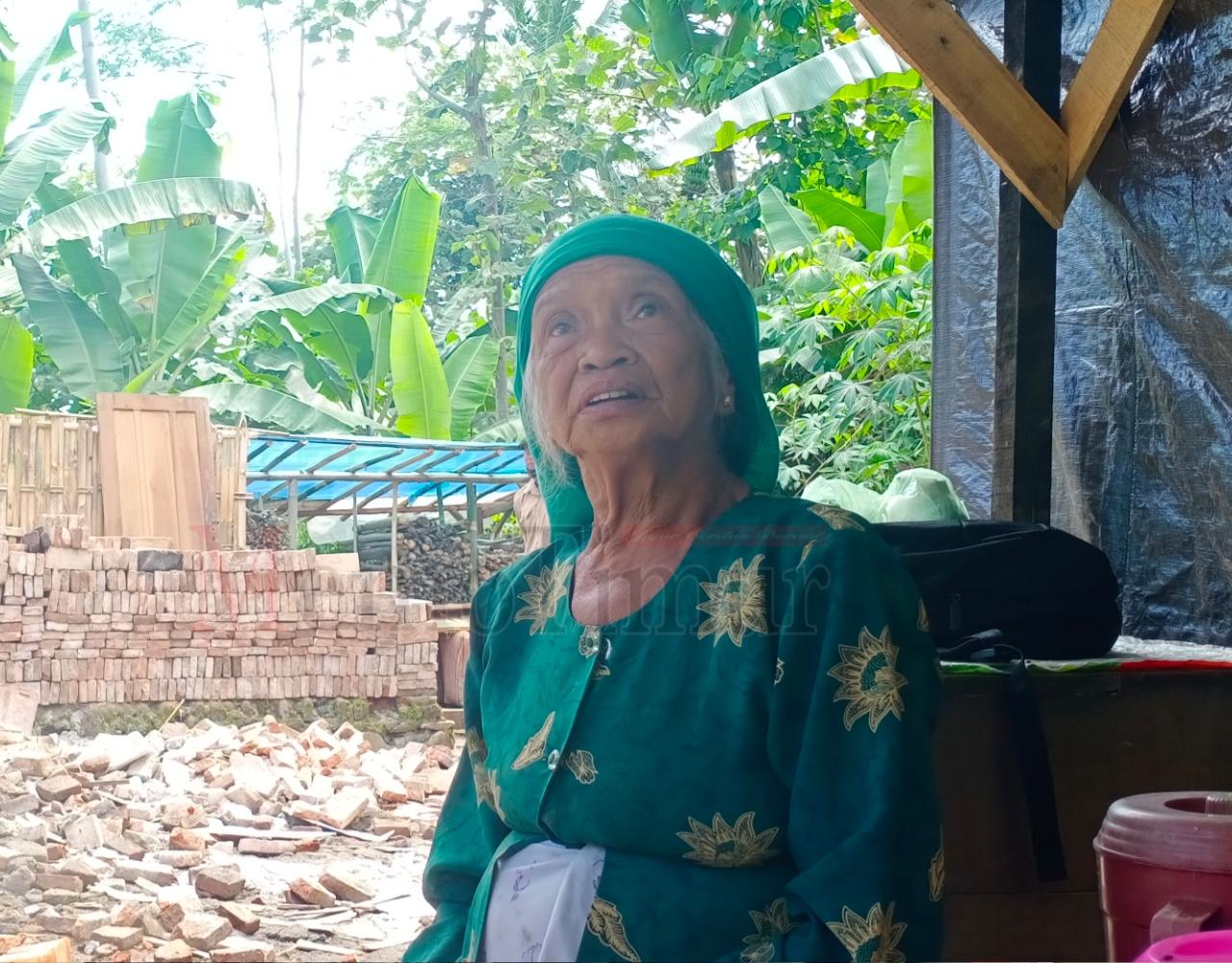 Cerita Suwarsih, Korban Gempa yang Rumahnya Rusak Parah