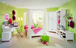 Habitación rosa verde
