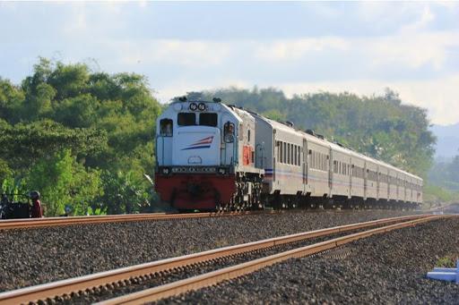 Tiket Kereta Api Surabaya Jakarta