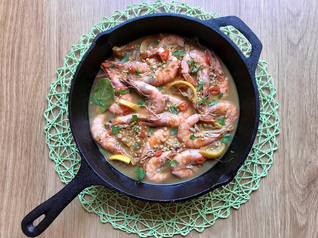 langostinos al estilo cajún de nueva orleans receta