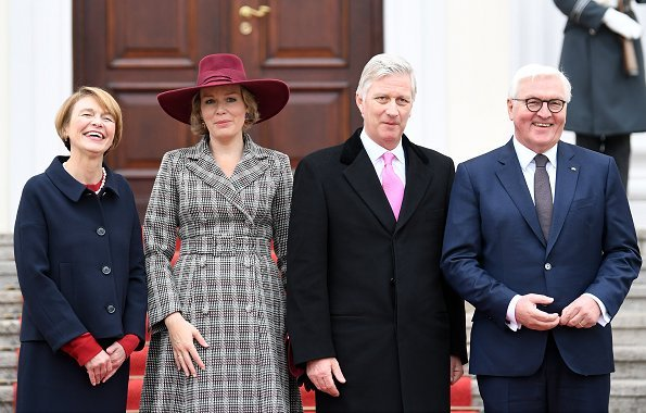 King Philippe and Queen Mathilde welcomed by German President Frank-Walter Steinmeier and his wife Elke Büdenbender. Armani dresscoat