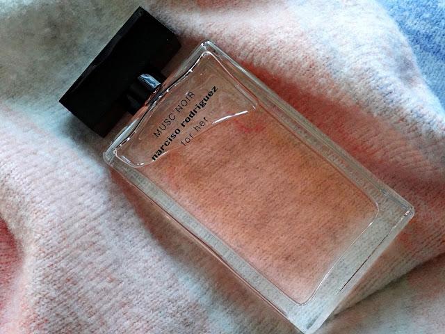 Narciso Rodriguez Musc Noir Eau de Parfum For Her Review, photos