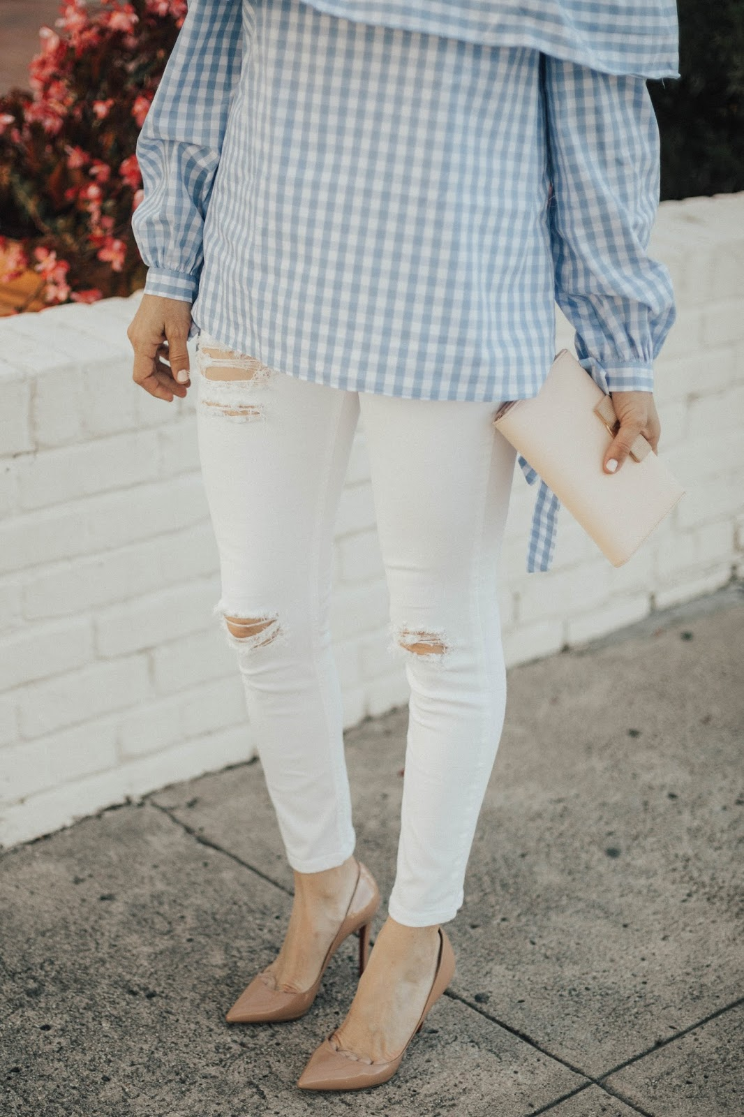 white distressed denim and gingham shirt outfit