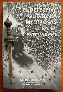 Portada del libro El detective que tenía mariposas en el estómago, de Alfredo Álamo