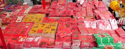 lunar new year red envelops