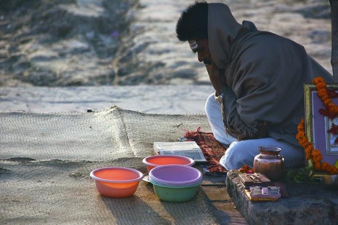 भारत में ब्राह्मणों द्वारा धोबी कोल भिल बैगा चौधरी कुम्हार द्वारा छुआछूत माना जाता है