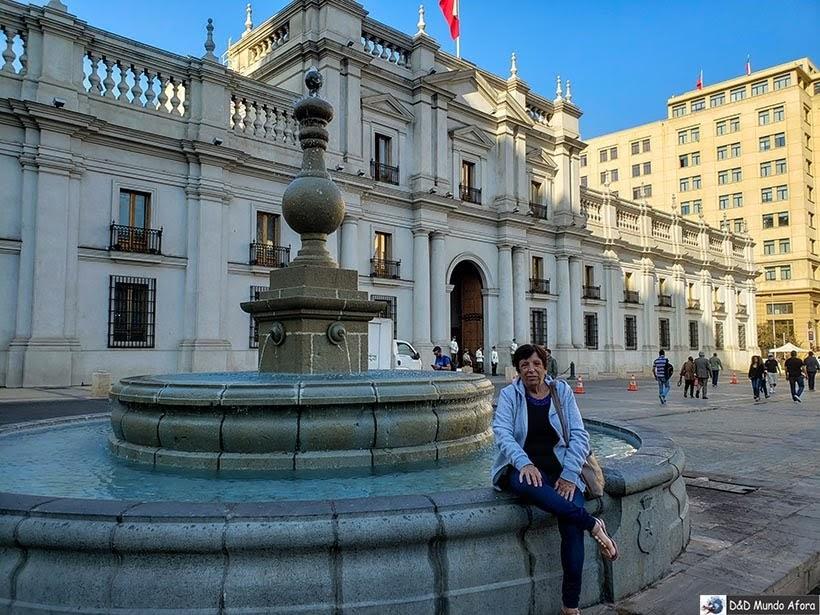 Fonte na Plaza de la Constituicion - o que fazer em Santiago