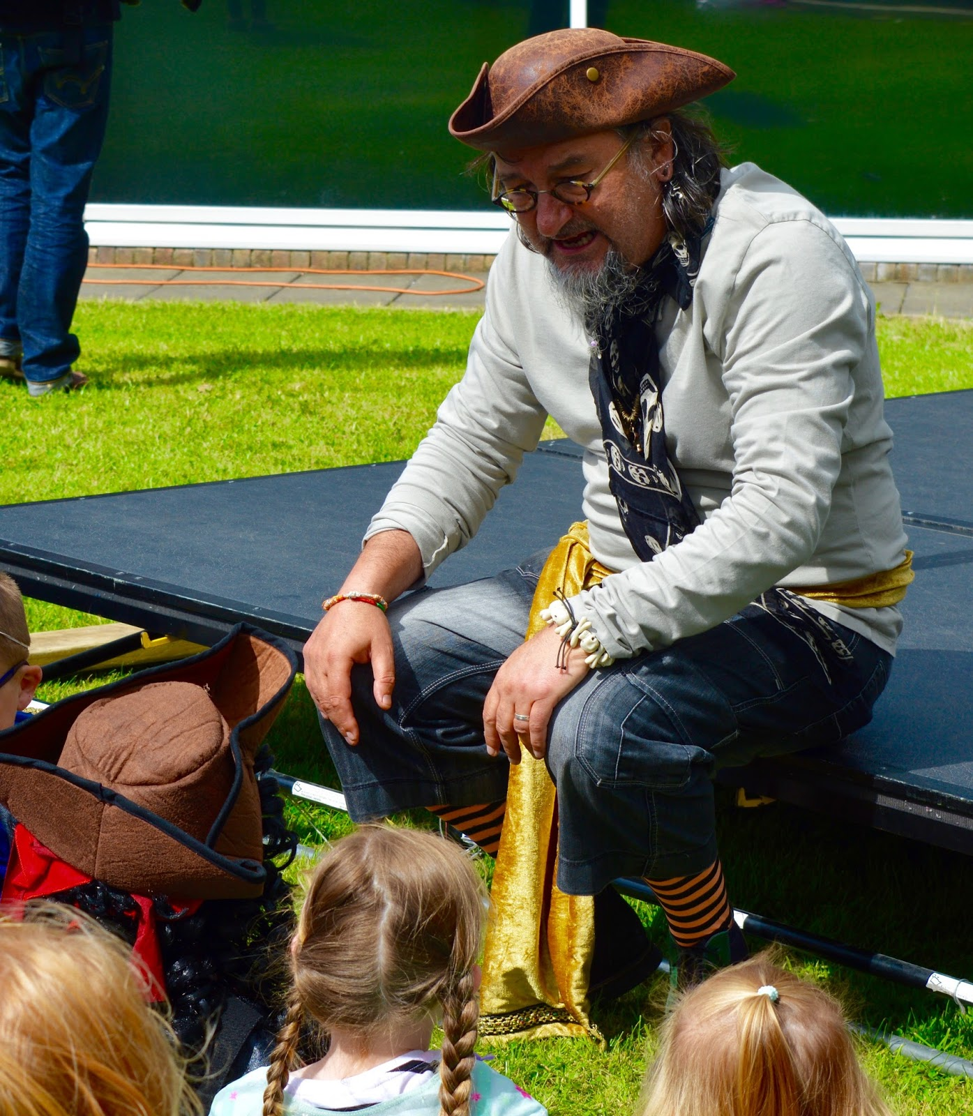 Pirates & Princesses Day at Manor Walks - Captain Raggy Beard Storytelling