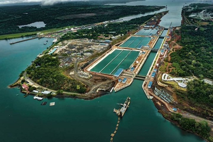 Sejarah Panjang Terusan Panama, Jalur Penting Kapal-kapal Dunia