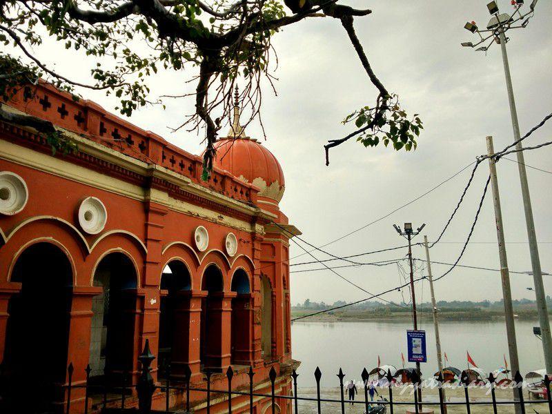 Scenic photo of the Parmat Ganga Ghat Anandeshwar Mandir Kanpur, Uttar Pradesh