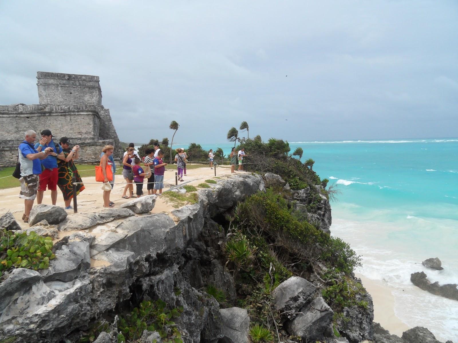 VISITAR TULUM, uma fortaleza maia junto ao mar (e uma bela praia) | México