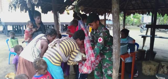 Satgas Yonif 411 Kostrad Gelar Posyandu di Perbatasan RI-PNG