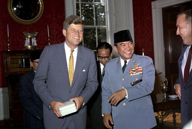 Usulkan Debat Berbobot, Faldo Maldini Singgung Soekarno-Kennedy