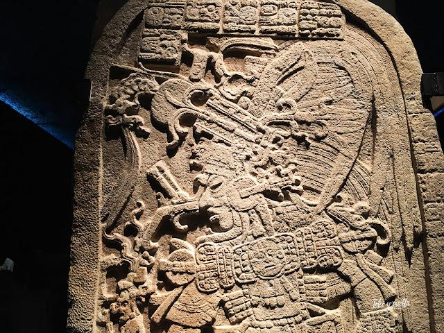 Estela maya en el MARQ