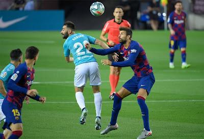 ملخص واهداف مباراة برشلونة واوساسونا (1-2) في الدوري الاسباني