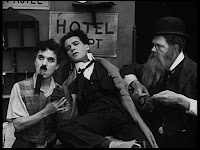 """Кадр из к/ф Чарли Чаплина """"Солнечная сторона"""" / Sunnyside (1919) - 18"""