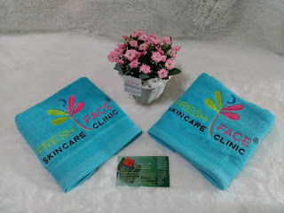 souvenir promosi klinik skin care